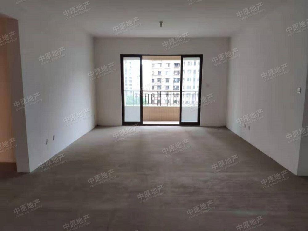 中海城南华府4室2厅3位卫带车位,车位可以停两个小车